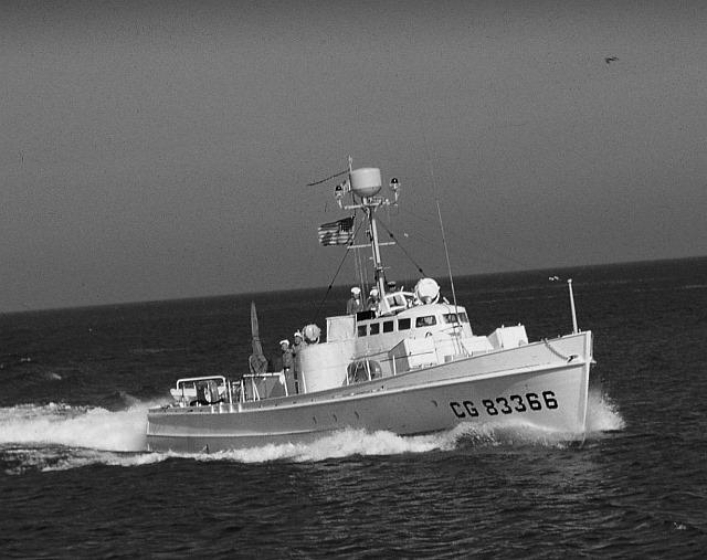 Tiburon - USCG 83366