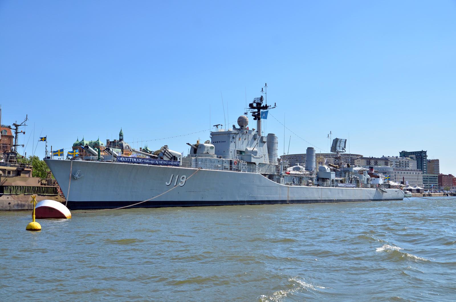 Added HSwMS Småland (J19)