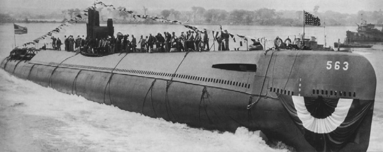 USS Tang (SS-563) launched
